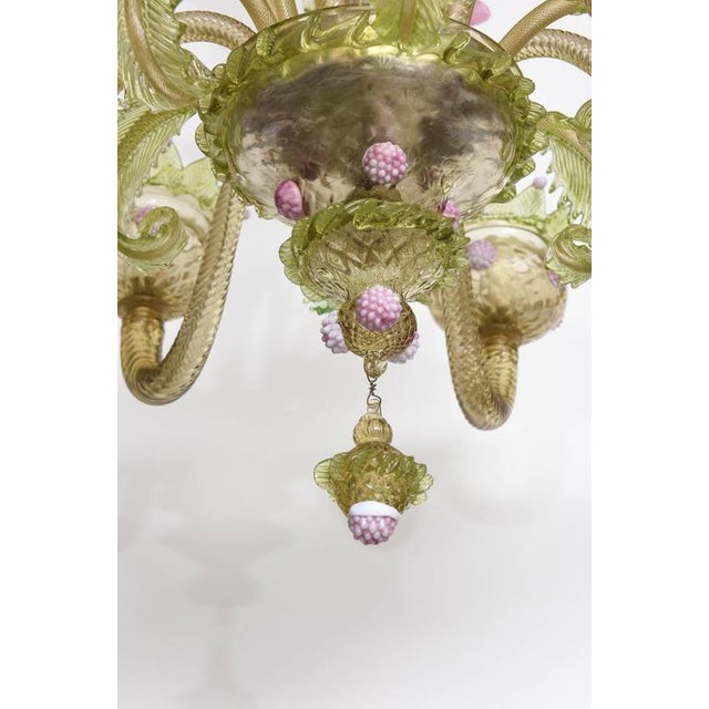 1930s, Louis XV Style, Green and Pink Murano Glass Chandelier and Two Sconces - Image 6 of 9