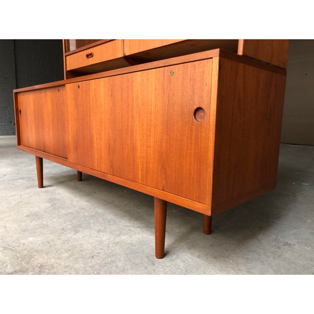 1960s Hans Wegner for Ry Møbler Teak Sideboard Credenza With Hutch - Mid Century Danish Modern Teak China Cabinet Glass Display Case For Sale - Image 5 of 13
