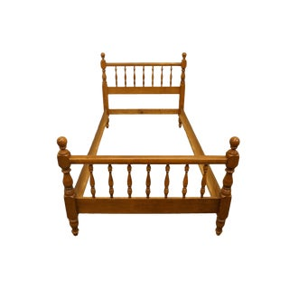 Heywood Wakefield Colonial Style Twin Size Spindle Bed For Sale