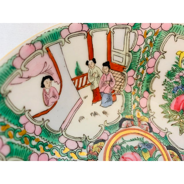 Chinoiserie Vintage Chinoiserie Hand Painted Porcelain Famille Rose Medallion Bowl For Sale - Image 3 of 5