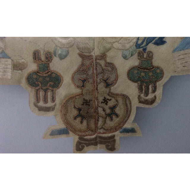 1900s 19th Century Chinese Framed Embroidery - A Pair For Sale - Image 5 of 11