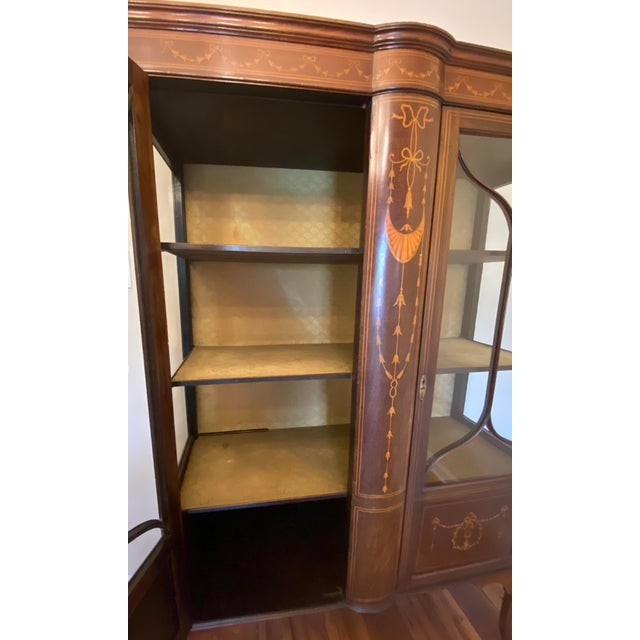 1910 Adam-Style Mahogany China Cabinet For Sale In Raleigh - Image 6 of 12