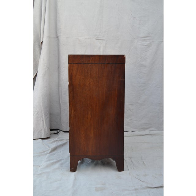 Mahogany English Regency Chest of Drawers For Sale - Image 7 of 10