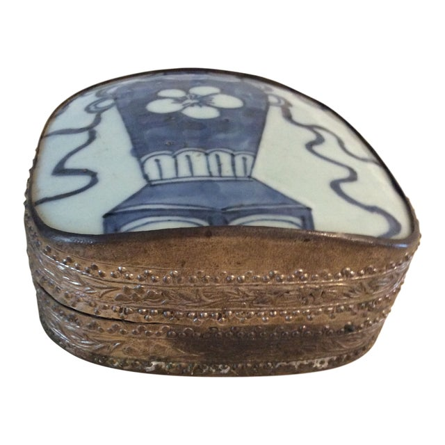 Mid 19th Century Antique Chinese Blue and White Paktong Snuff Box For Sale