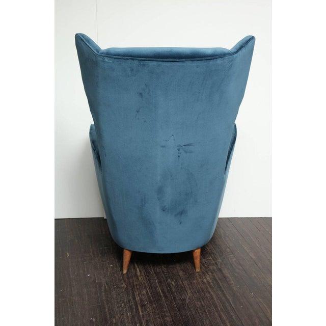Vintage Italian Modern Wingback Chairs in Blue Velvet For Sale In New York - Image 6 of 8