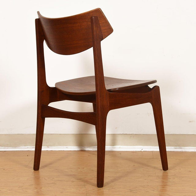 Brown Danish Teak Curved Back Dining Chairs - Set of 4 For Sale - Image 8 of 13