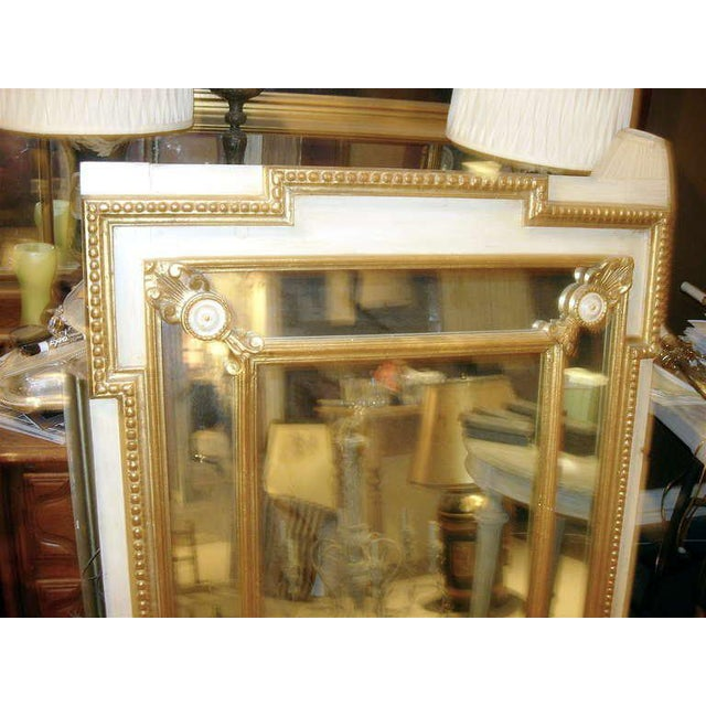 Hollywood Regency Regency Style Mirror With Painted and Giltwood Decoration For Sale - Image 3 of 5