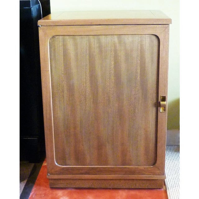 REDUCED FROM $1,250....Part of Edward Wormley's Precedent Collection for Drexel of the late 40's, this dry bar cabinet in...
