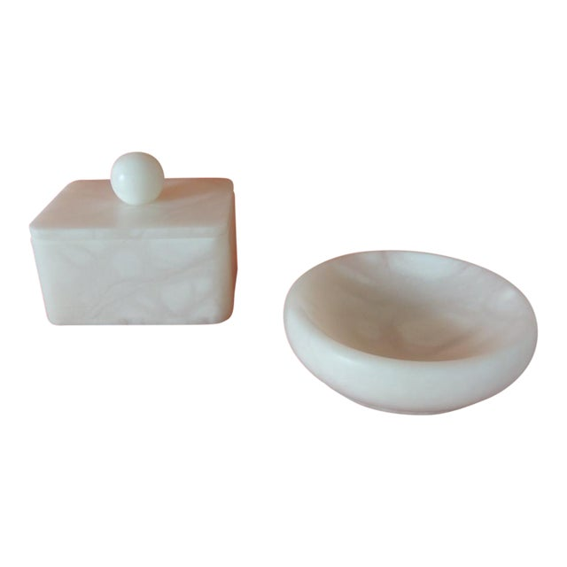 Set of Covered Box and Round Dish Italian Alabaster Decorative Accessories For Sale