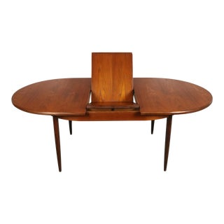 G-Plan Expandable Dining Table in Teak, United Kingdom For Sale