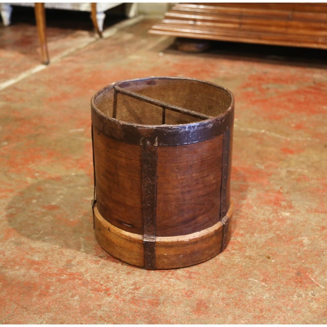 French Country 19th Century French Walnut and Iron Grain Measure Bucket or Waste Basket For Sale - Image 3 of 10