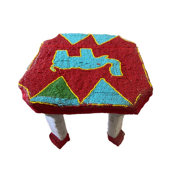 """African African Yoruba Beaded Low Stool Nigeria 8.5"""" H For Sale - Image 3 of 6"""