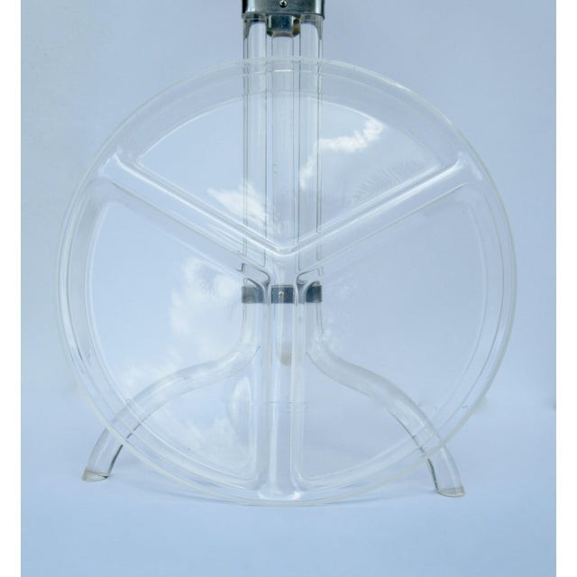 Transparent Dorothy Thorpe Lucite Server Stand With Server Platter & Insert - 3 Pieces For Sale - Image 8 of 13