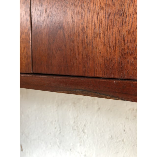 1960s Vintage Mid-Century Modern Jack Cartwright Danish Style Highboard Credenza For Sale - Image 5 of 13