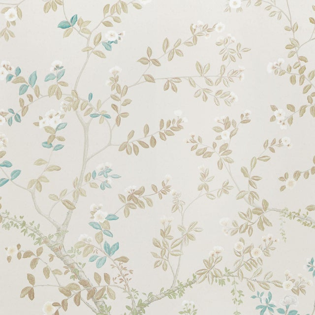 Sample - Schumacher X Miles Redd Madame De Pompadour Wallpaper in Alabaster For Sale
