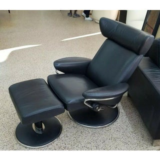 """Norwegian Ekornes Stressless """"Jazz Model"""" Leather Chair and Ottoman Preview"""