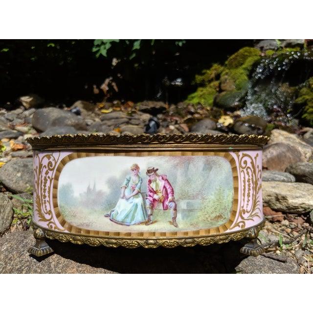 1800s Sevres-Style Rose Pompadour Porcelain Gilded Bronze Trim Oval Cachepot For Sale - Image 13 of 13