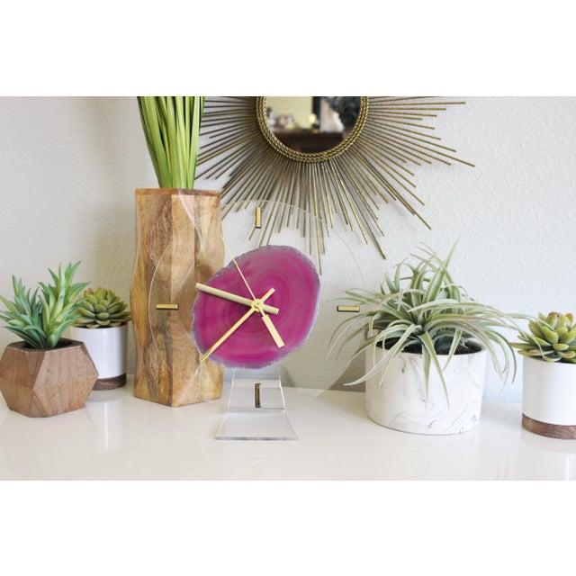 Modern Fuchsia Pink Agate & Acrylic Clock - Image 3 of 6