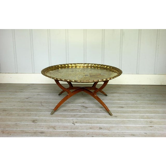 Gold Vintage Hollywood Regency Spider Style Brass Folding Tray Coffee Table For Sale - Image 8 of 8