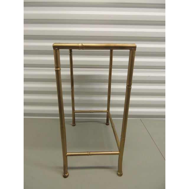 Small Metal gold phone table with glass inset top - Image 4 of 4