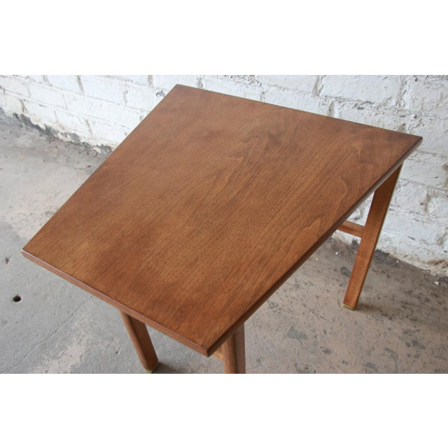 Brown Edward Wormley for Dunbar Walnut Cantilever Wedge End Table, 1950s For Sale - Image 8 of 13