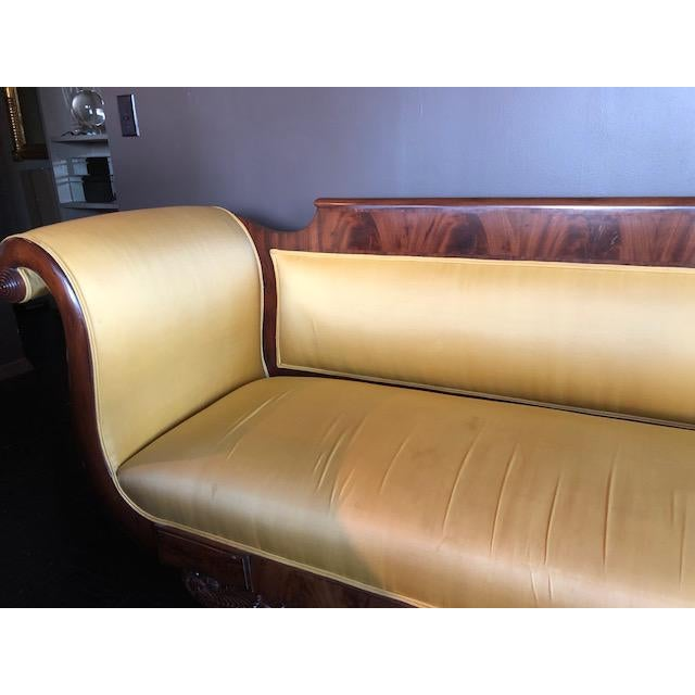 1940s Yellow Silk Empire Settee For Sale - Image 5 of 12