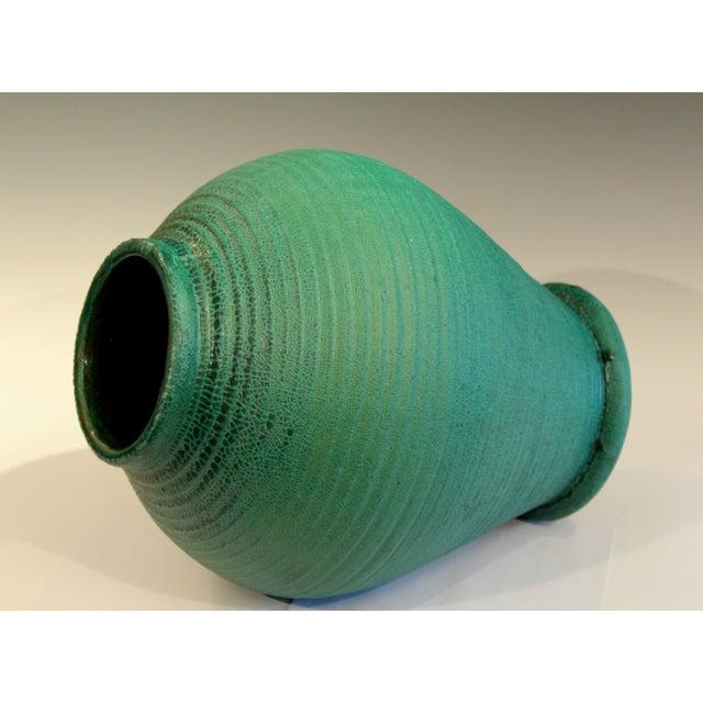 Large Merrimac Pottery Vase Antique Matt Green American Arts & Crafts For Sale - Image 4 of 10