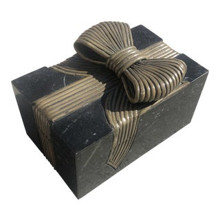 Vintage Stone/Reed Trinket Box With Bow For Sale