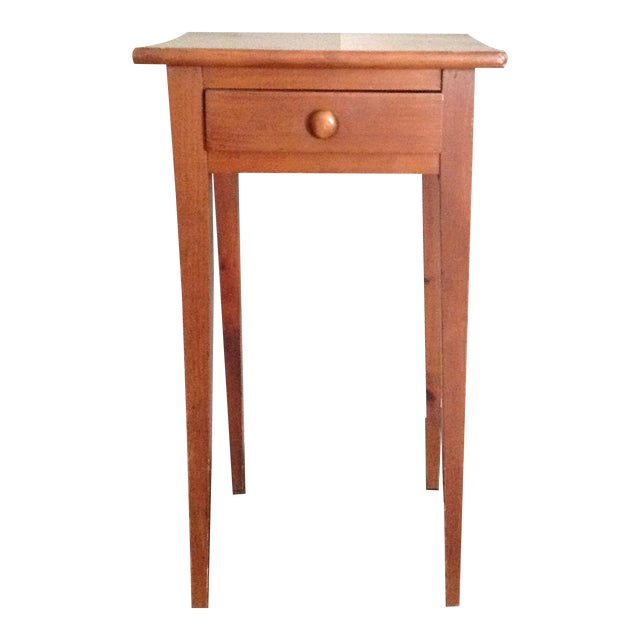 Handcrafted Pennsylvania Shaker Style Accent Table For Sale