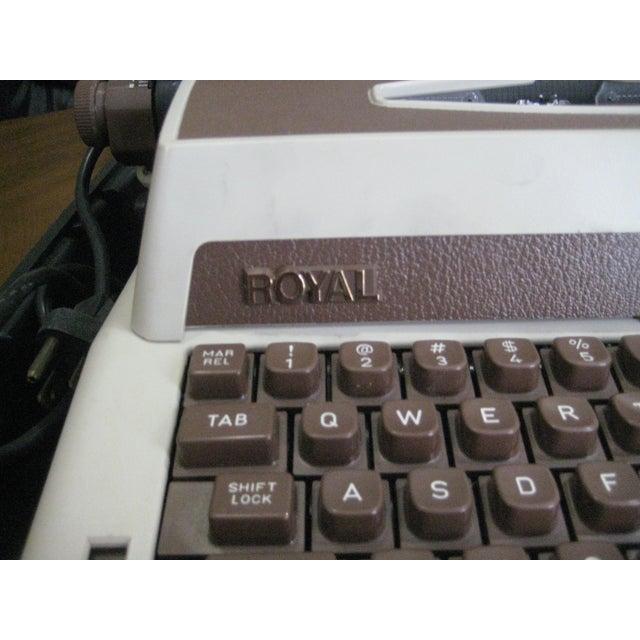 Vintage Royal Cavalier 1000 Electric Typewriter - Image 5 of 7
