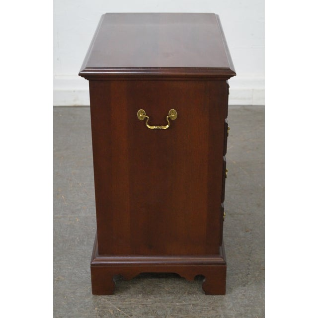 Chippendale Link Taylor Heirloom Solid Mahogany Chests Nightstands - A Pair For Sale - Image 3 of 10