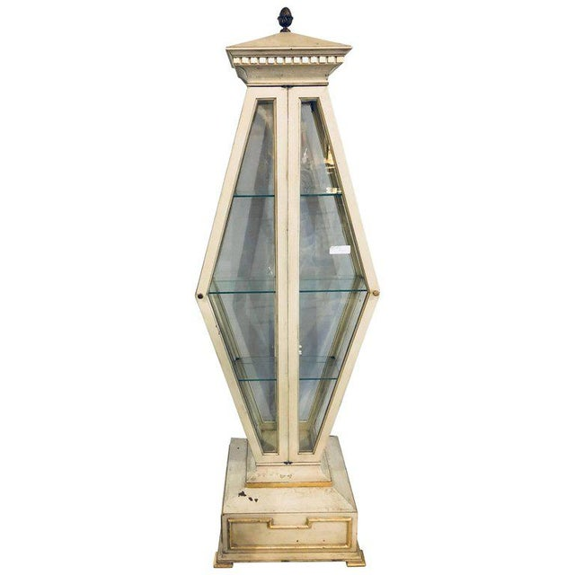 Mid-Century Modern Parcel-Gilt and Paint Decorated Pyramid Shaped Vitrine For Sale - Image 11 of 11