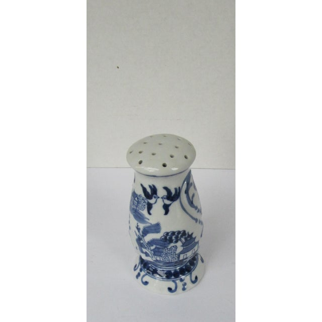Chinoiserie Blue Willow Sugar Shaker Muffiner For Sale - Image 3 of 6