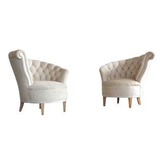 1940s Hollywood Regency Asymmetrical Fan Back Tufted Lounge Chairs - a Pair For Sale