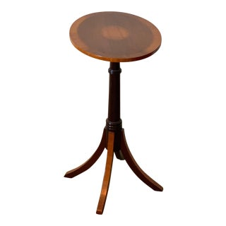 Yorkshire House, Inc.Oval Wood Accent/Side Table For Sale
