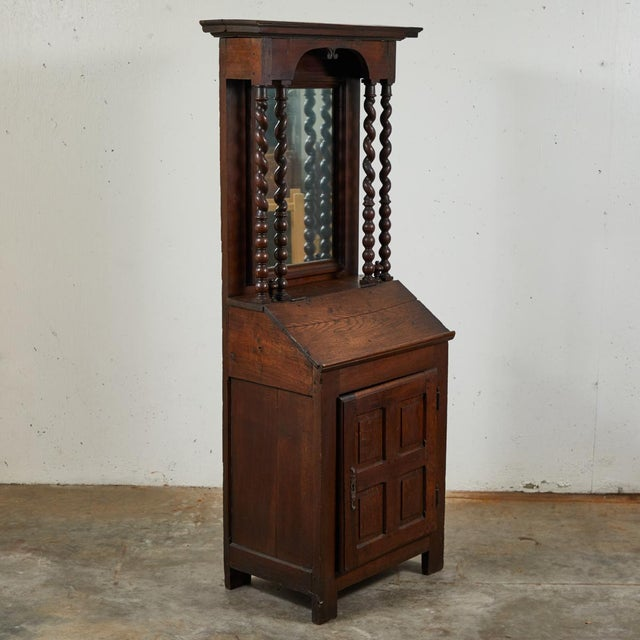 Wood Early 18th Century French Petite Bureau Secretaire Desk With Projecting Cabinet For Sale - Image 7 of 7