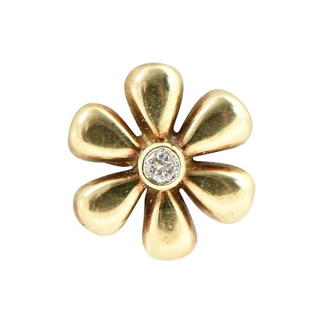 Gemstone 1990s Vintage Diamond & Gold Daisy Flower Earrings- A Pair For Sale - Image 7 of 8