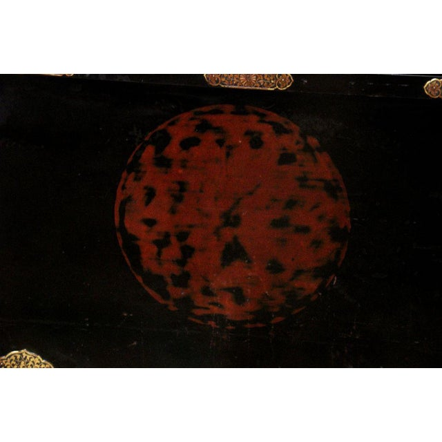 Japanese Imperial Black Lacquer Dowry Trunk (Nagamochi) - Image 8 of 9