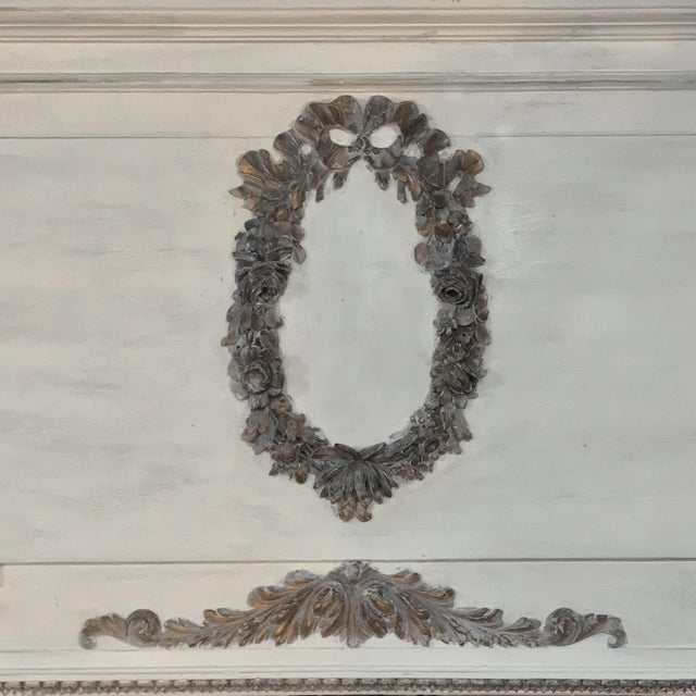 19th Century Louis XVI Neoclassical Painted Trumeau Mirror For Sale In Dallas - Image 6 of 11
