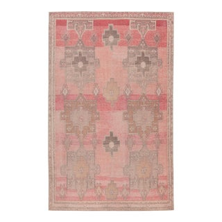 """Vibe by Jaipur Living Faron Medallion Pink/ Tan Area Rug - 7'6"""" x 9'6"""" For Sale"""