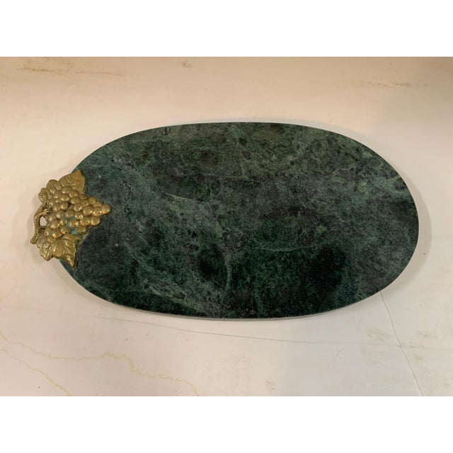 1990s 1990s Green Marble Footed Serving Board With a Brass Grapes Detail For Sale - Image 5 of 5