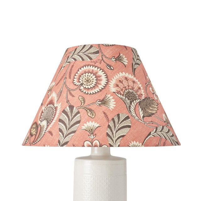 This lampshade features our Ursula pattern in Document. Ursula is an enchanting combination of crisp, graphic elements and...