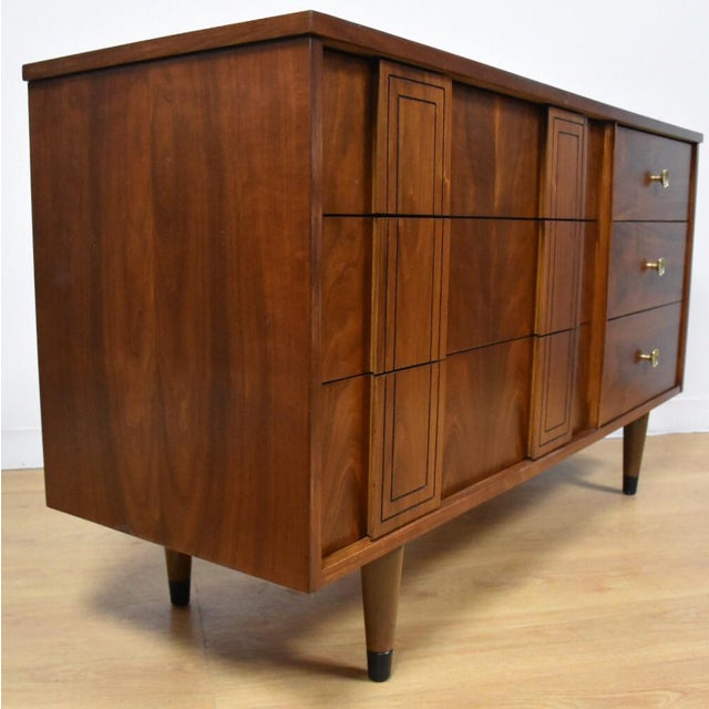 Stanley Furniture Mid-Century Walnut Dresser - Image 3 of 10