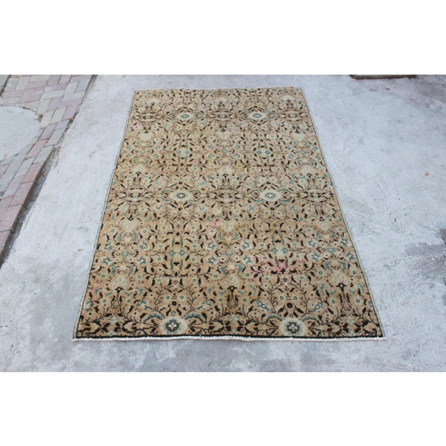 Turkish handmade handwoven vintage Anatolian OUSHAK rug. We collect old vintage antique rugs from Anatolia, Turkey. We...