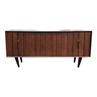 1960s Mid-Century Modern Zenith Record Player Console For Sale