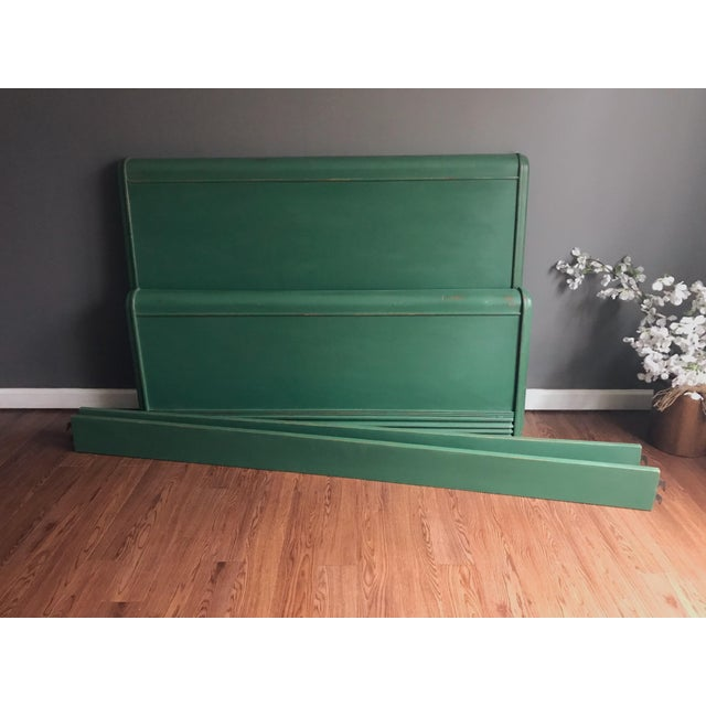 Dixie Furniture Art Deco Waterfall Full Headboard & Footboard For Sale In New York - Image 6 of 12