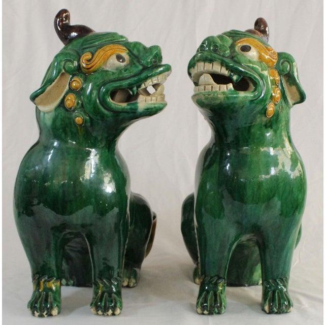 Pair of Famille Verte Foo Dogs - Image 7 of 10