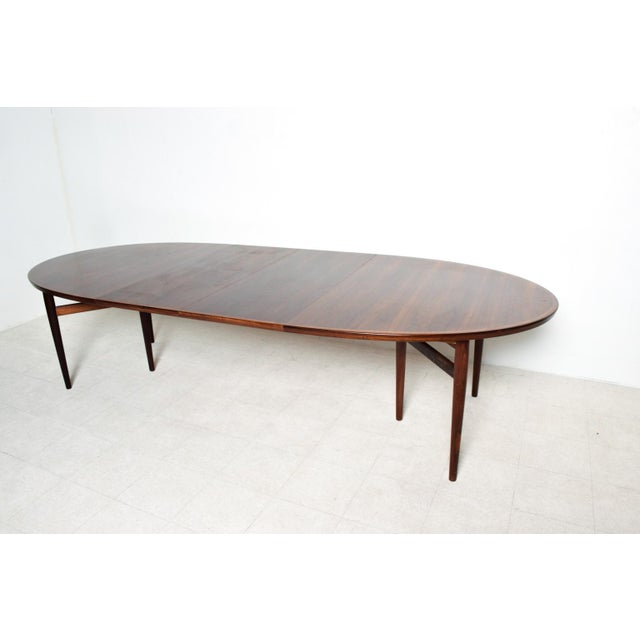 Danish Modern Mid-Century Danish Modern Rosewood Oval Dining Table by Arne Vodder for Sibast For Sale - Image 3 of 9
