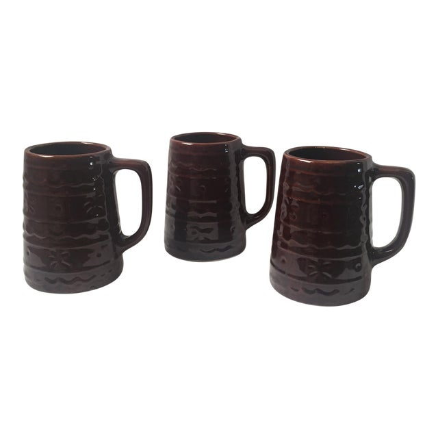 1960s Vintage Marcrest Daisy & Dot Brown Stein Mugs - Set of 3 For Sale