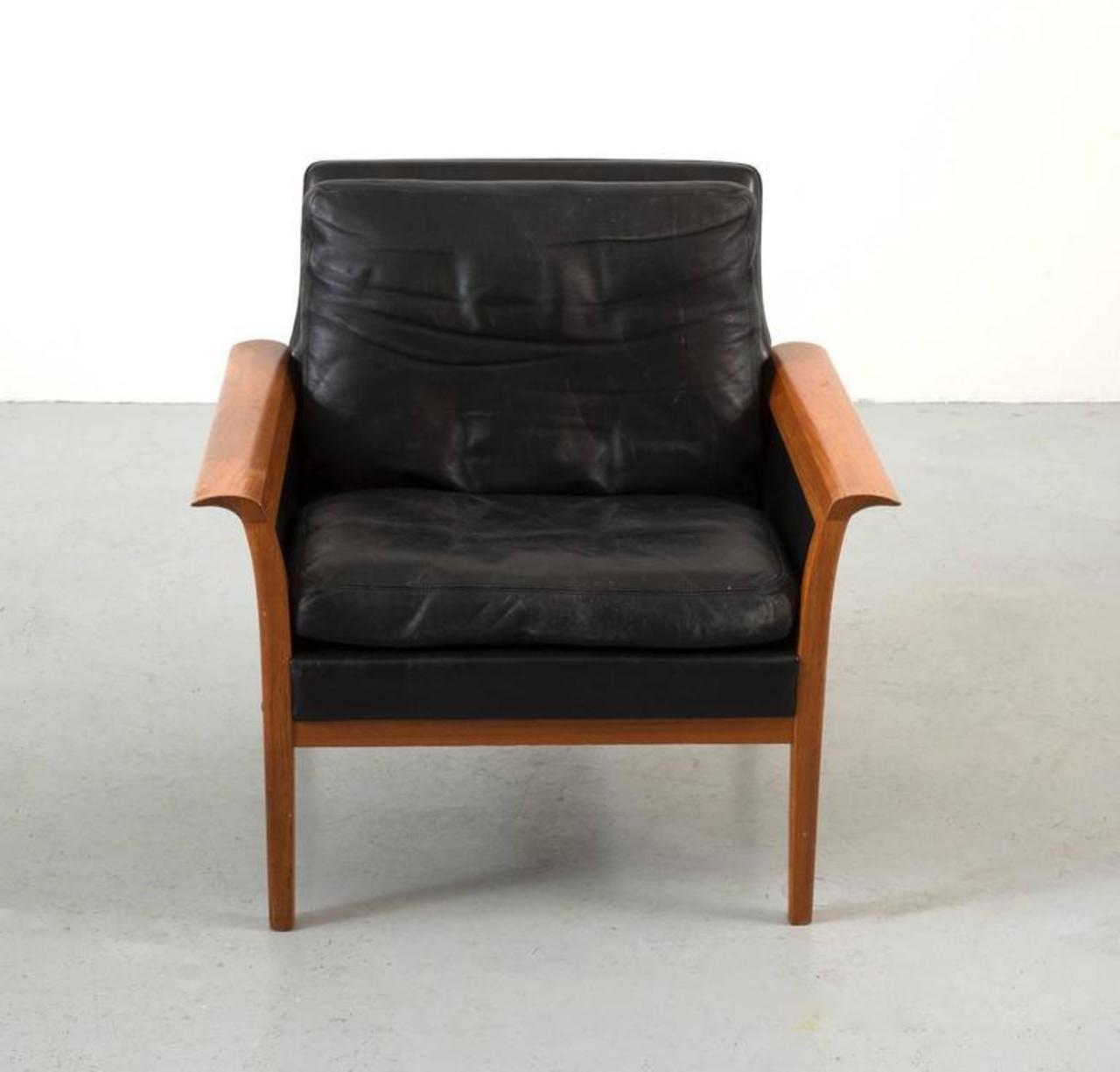 Hans Olsen Teak And Leather Lounge Chair   Image 2 Of 10